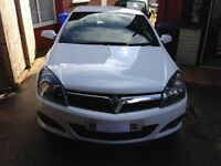 Vauxhall Astra SRI 1.8 I Sport. Fantastic looking car for sale due to buying a new one.