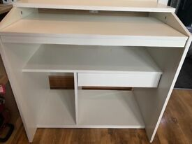 White wood Compact Computer Desk