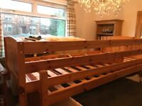 Solid wood bunkbeds