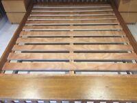 Solid oak kingsize bedframe