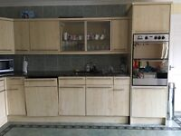Fitted kitchen units, granite work tips, appliances.