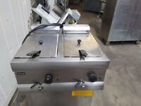 LINCAT table top twin tank double twin basket electric chips fryer single phase