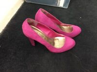 Purple high heel shoes size 6