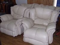 3 PIECE SUITE - FREE DELIVERY WITHIN EDINBURGH