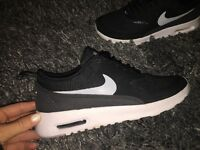 Immaculate condition nike thea trainers. Only worn twice. Size 3.5