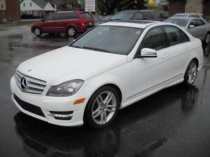 2013 MERCEDES-BENZ C-CLASS C300 AWD - SUNROOF, LEATHER HEATED SE