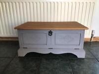 'Shabby Chic' style (tv) cabinet
