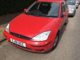 Ford Focus 1.4 1388cc Petrol 5 speed manual 5 door hatchback 51 Plate 2001 Red