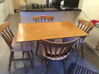 WOODEN KITCHEN TABLE & 4 CHAIRS