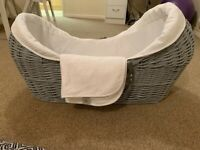 Grey Noah Pod Moses basket with stand