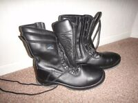 About blu safety steel toe cap work boots zip & laces size 10 (44) NEW