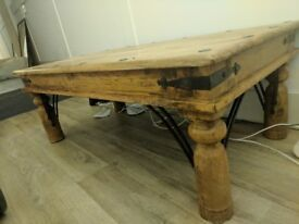 Coffee table. Solid wood. Indian style