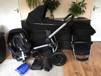 Quinny Buzz Xtra with Foldable Carrycot, Maxi Cosi CarSeat and ISOfix base