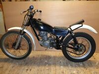 Honda seeley 200cc twin shock Rare 1980s bike