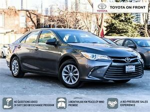 2015 Toyota Camry LE/ 1 Owner