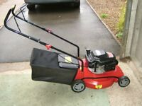 """POWERHOUSE SF410, Petrol Lawnmower 16"""" (400mm) Only used 3 times,in VGC"""