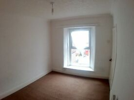 2 Bedroom house in Morriston. Available now. No agents fees.