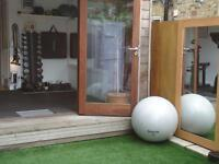 Massage/ Treatment space to rent in prime Clapham common location.