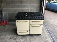 FARMHOUSE DOUBLE RANGE GAS COOKER - 5 Hobs, Grill, 2 Ovens - Household Appliance