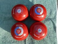 Set of Heselite Tiger Pro's Size 4Heavy Bowls colour Ruby Red.