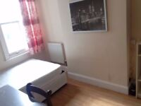 Doublebed Rooms in coventry student house