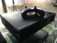 Xbox ONE 1TB + GTA5 & Forza Horizon 2