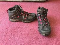 Women's size 6.5UK Salomon hiking boots