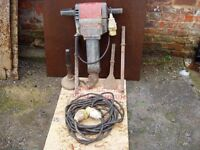 KANGO 2500 HEAVY DUTY CONCRETE BREAKER, NORTH YORKSHIRE