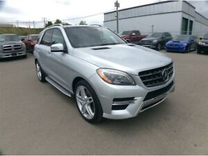 2013 Mercedes-Benz M-Class / ML 550 / PANO ROOF / NAV / B/U CAME
