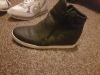 Women shoes size 8/42