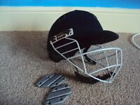 READERS CRICKET HELMET, SIZE 58CMS IN BLUE