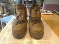 WALKING BOOTS SIZE 42