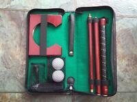 Portable Putting Set in Case Indoor Mini Golf