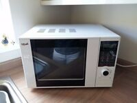 Microwave oven with grill function 800 watt. 20 litres.