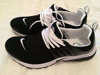 Nike Air Presto - Brand New - Never Worn - Black/White