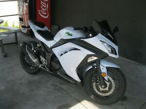2015 Kawasaki EX300ADF Ninja 300 WOW