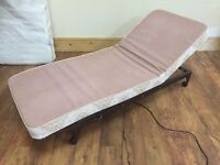 ELECTRIC MASSAGE SINGLE BED WITH REMOTE CONTROL EXCELLENT ORDER HARDLY USED BARGAIN £50
