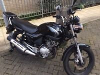 Yamaha YBR 125 black good condition MOT + parts changed learner bike