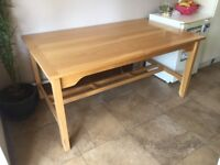 Large pine 6 seater dining table - in excellent condition. Hardly used £50