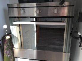 Indesit electric oven with 5 functions including grill. Good working condition.