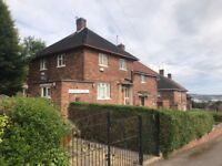 Outstanding 3 bedroom, furnished property ready to Let.