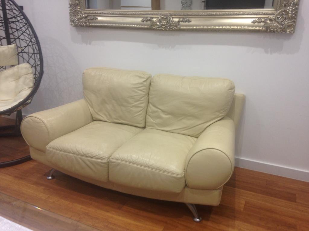 Sofa 2 seater, cream