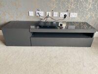High gloss tv cabinet