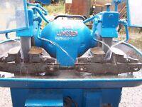 Grinder double ended pedistal grindes, Lumsden grinder with coolant pump