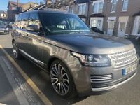 Range Rover VOGUE 2015 TDV6 Fully loaded Pano Roof