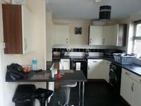 Urgently seeking: 2 bed house in st austell WANTING 2 or 3 as close to Wellington somerset as poss