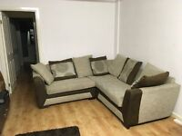 NEW LARGE DFS CORNER SOFA CAN DLEIVER FREE BARGAIN