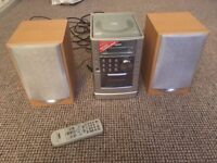 Sanyo stereo system with CD player and tapedeck