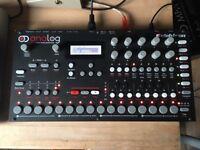 Elektron Analog Four (4 / A4) ::: boxed w/ premium sound packs