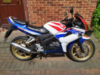 2009 Honda CBR 125 motorcycle, new 1 year MOT, learner legal, good condition, ride away ,,,,